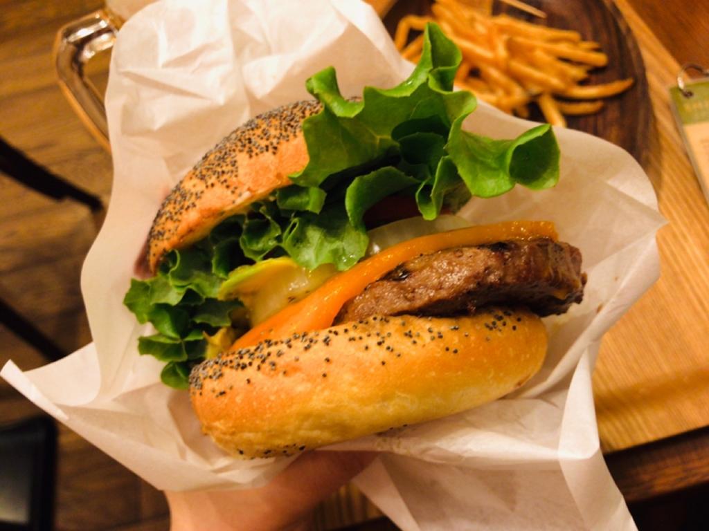 チーズハンバーガー カロリー